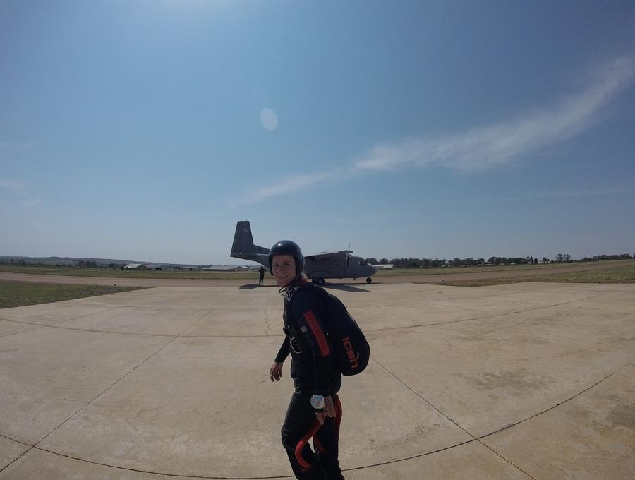Parachute Packer to Qualified Skydiver